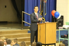 Veterans Day Program, Tamaqua Area Elementary School, Tamaqua, 11-11-2015 (7)