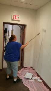 Volunteer Lorraine Durning Painting Wall, Tamaqua Salvation Army, Tamaqua, 9-30-2015 (2)