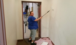 Volunteer Lorraine Durning Painting Wall, Tamaqua Salvation Army, Tamaqua, 9-30-2015 (4)