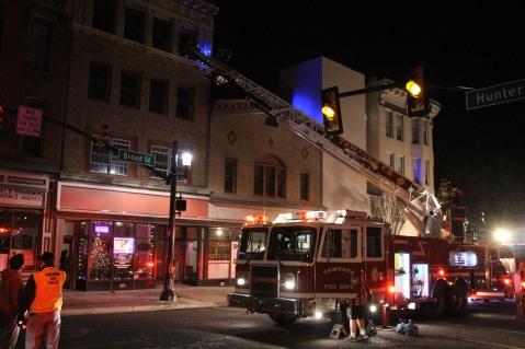 Apartment Building Fire, 45 West Broad Street, Tamaqua, 12-19-2015 (122)