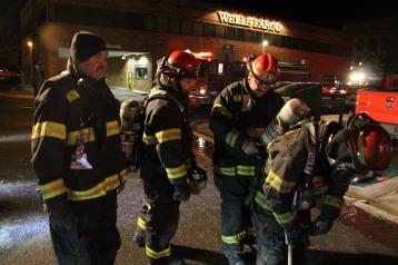 Apartment Building Fire, 45 West Broad Street, Tamaqua, 12-19-2015 (148)