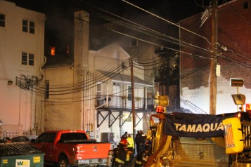 Apartment Building Fire, 45 West Broad Street, Tamaqua, 12-19-2015 (56)