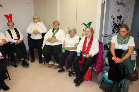 Bells, Older and Bolder Senior Group, via Tamaqua Salvation Army, at ABC Hi-Rise, Tamaqua, 11-30-20 (26)