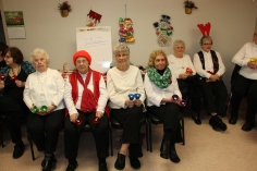 Bells, Older and Bolder Senior Group, via Tamaqua Salvation Army, at ABC Hi-Rise, Tamaqua, 11-30-20 (27)