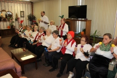 Bells, Older and Bolder Senior Group, via Tamaqua Salvation Army, at ABC Hi-Rise, Tamaqua, 11-30-20 (3)