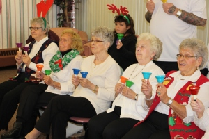 Bells, Older and Bolder Senior Group, via Tamaqua Salvation Army, at ABC Hi-Rise, Tamaqua, 11-30-20 (6)