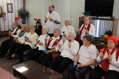 Bells, Older and Bolder Senior Group, via Tamaqua Salvation Army, at ABC Hi-Rise, Tamaqua, 11-30-20 (8)