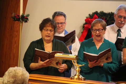 Christmas Cantata, St. John's United Church of Christ, Tamaqua, 12-13-2015 (16)