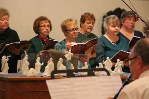 Christmas Cantata, St. John's United Church of Christ, Tamaqua, 12-13-2015 (24)