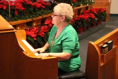 Christmas Cantata, St. John's United Church of Christ, Tamaqua, 12-13-2015 (57)