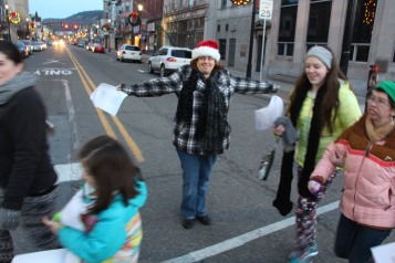 Community Members, Volunteers with Tamaqua Community Arts Center Sing Carols, Tamaqua (16)