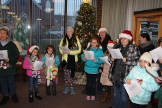 Community Members, Volunteers with Tamaqua Community Arts Center Sing Carols, Tamaqua (9)