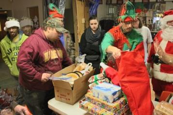 East End Fire Company Helps 27 Families for the Holidays, EE Fire Company, Tamaqua, 12-20-2015 (19)