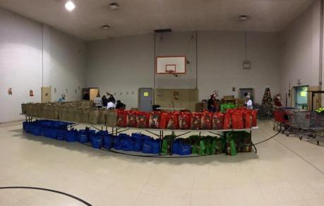 Food Basket, Angel Tree, Toys For Tots Distribution, Salvation Army, Tamaqua, 12-17-2015 (1)