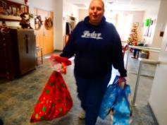 Food Basket, Angel Tree, Toys For Tots Distribution, Salvation Army, Tamaqua, 12-17-2015 (22)