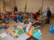 Food Basket, Angel Tree, Toys For Tots Distribution, Salvation Army, Tamaqua, 12-17-2015 (27)