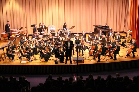 Holiday Concert via Gabriel Youth Orchestra, Lengel Auditorium, Pottsville MS (68)