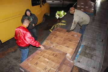 Hope's Towing and Collision Helps Deliver Holiday Hams for Salvation Army, Lehighton (24)