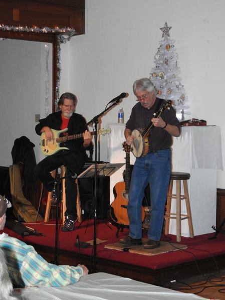 Jay Smar performs, Summit Hill Heritage Center, Summit Hill, 12-11-2015 (16)