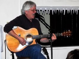 Jay Smar performs, Summit Hill Heritage Center, Summit Hill, 12-11-2015 (17)