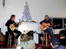 Jay Smar performs, Summit Hill Heritage Center, Summit Hill, 12-11-2015 (18)