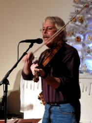 Jay Smar performs, Summit Hill Heritage Center, Summit Hill, 12-11-2015 (3)