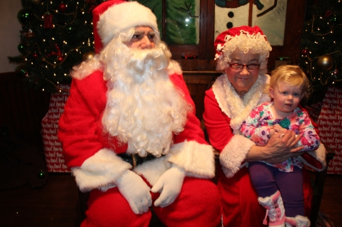Meet and Greet with Santa, Mrs. Claus, Tamaqua Community Arts Center, Tamaqua, 12-4-2015 (102)