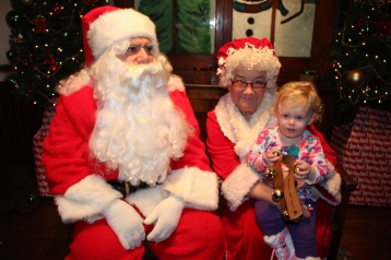 Meet and Greet with Santa, Mrs. Claus, Tamaqua Community Arts Center, Tamaqua, 12-4-2015 (103)