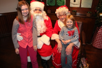 Meet and Greet with Santa, Mrs. Claus, Tamaqua Community Arts Center, Tamaqua, 12-4-2015 (104)
