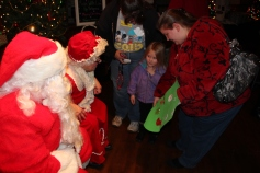 Meet and Greet with Santa, Mrs. Claus, Tamaqua Community Arts Center, Tamaqua, 12-4-2015 (112)
