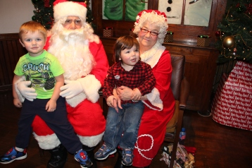 Meet and Greet with Santa, Mrs. Claus, Tamaqua Community Arts Center, Tamaqua, 12-4-2015 (150)