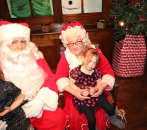 Meet and Greet with Santa, Mrs. Claus, Tamaqua Community Arts Center, Tamaqua, 12-4-2015 (160)