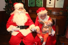 Meet and Greet with Santa, Mrs. Claus, Tamaqua Community Arts Center, Tamaqua, 12-4-2015 (23)