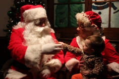 Meet and Greet with Santa, Mrs. Claus, Tamaqua Community Arts Center, Tamaqua, 12-4-2015 (25)