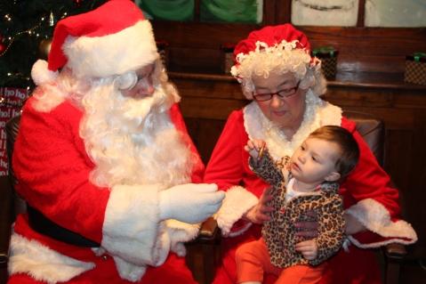 Meet and Greet with Santa, Mrs. Claus, Tamaqua Community Arts Center, Tamaqua, 12-4-2015 (27)