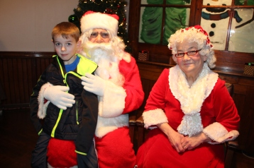 Meet and Greet with Santa, Mrs. Claus, Tamaqua Community Arts Center, Tamaqua, 12-4-2015 (28)
