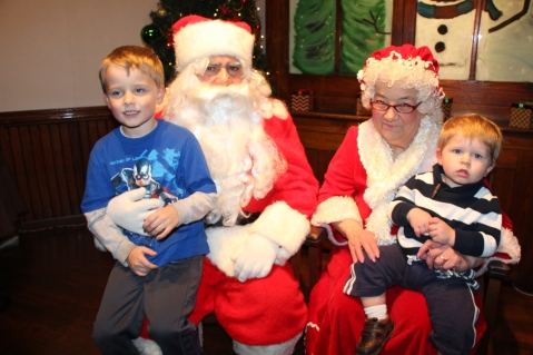 Meet and Greet with Santa, Mrs. Claus, Tamaqua Community Arts Center, Tamaqua, 12-4-2015 (30)