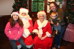 Meet and Greet with Santa, Mrs. Claus, Tamaqua Community Arts Center, Tamaqua, 12-4-2015 (53)