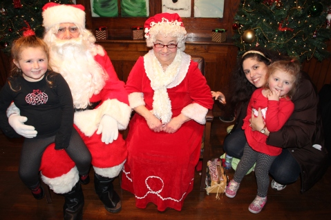 Meet and Greet with Santa, Mrs. Claus, Tamaqua Community Arts Center, Tamaqua, 12-4-2015 (58)