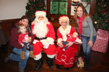 Meet and Greet with Santa, Mrs. Claus, Tamaqua Community Arts Center, Tamaqua, 12-4-2015 (60)
