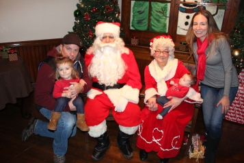 Meet and Greet with Santa, Mrs. Claus, Tamaqua Community Arts Center, Tamaqua, 12-4-2015 (62)