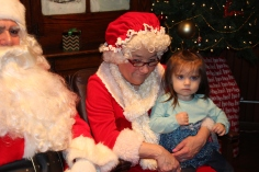 Meet and Greet with Santa, Mrs. Claus, Tamaqua Community Arts Center, Tamaqua, 12-4-2015 (78)