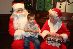 Meet and Greet with Santa, Mrs. Claus, Tamaqua Community Arts Center, Tamaqua, 12-4-2015 (8)