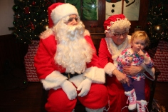 Meet and Greet with Santa, Mrs. Claus, Tamaqua Community Arts Center, Tamaqua, 12-4-2015 (98)