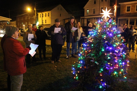 Nesquehoning Holiday Tree Lighting, via Lions Club, Nesquehoning, 12-5-2015 (40)