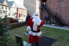 Santa Claus Stops at American Hose Company, Tamaqua, 12-20-2015 (18)