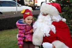 Santa Claus Stops at American Hose Company, Tamaqua, 12-20-2015 (24)