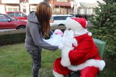Santa Claus Stops at American Hose Company, Tamaqua, 12-20-2015 (29)