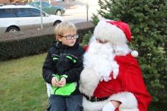 Santa Claus Stops at American Hose Company, Tamaqua, 12-20-2015 (35)