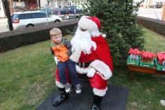 Santa Claus Stops at American Hose Company, Tamaqua, 12-20-2015 (62)